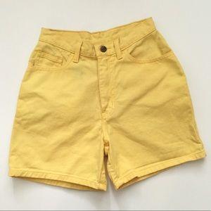 Yellow vintage high waist mom jeans shorts SZ S-M
